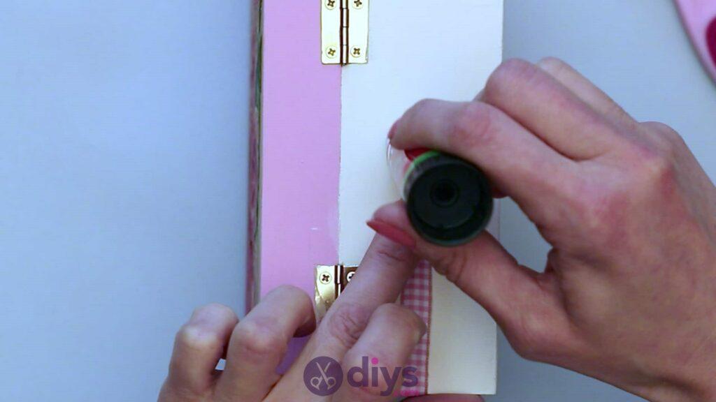 Decoupage wooden jewelry box step 6g