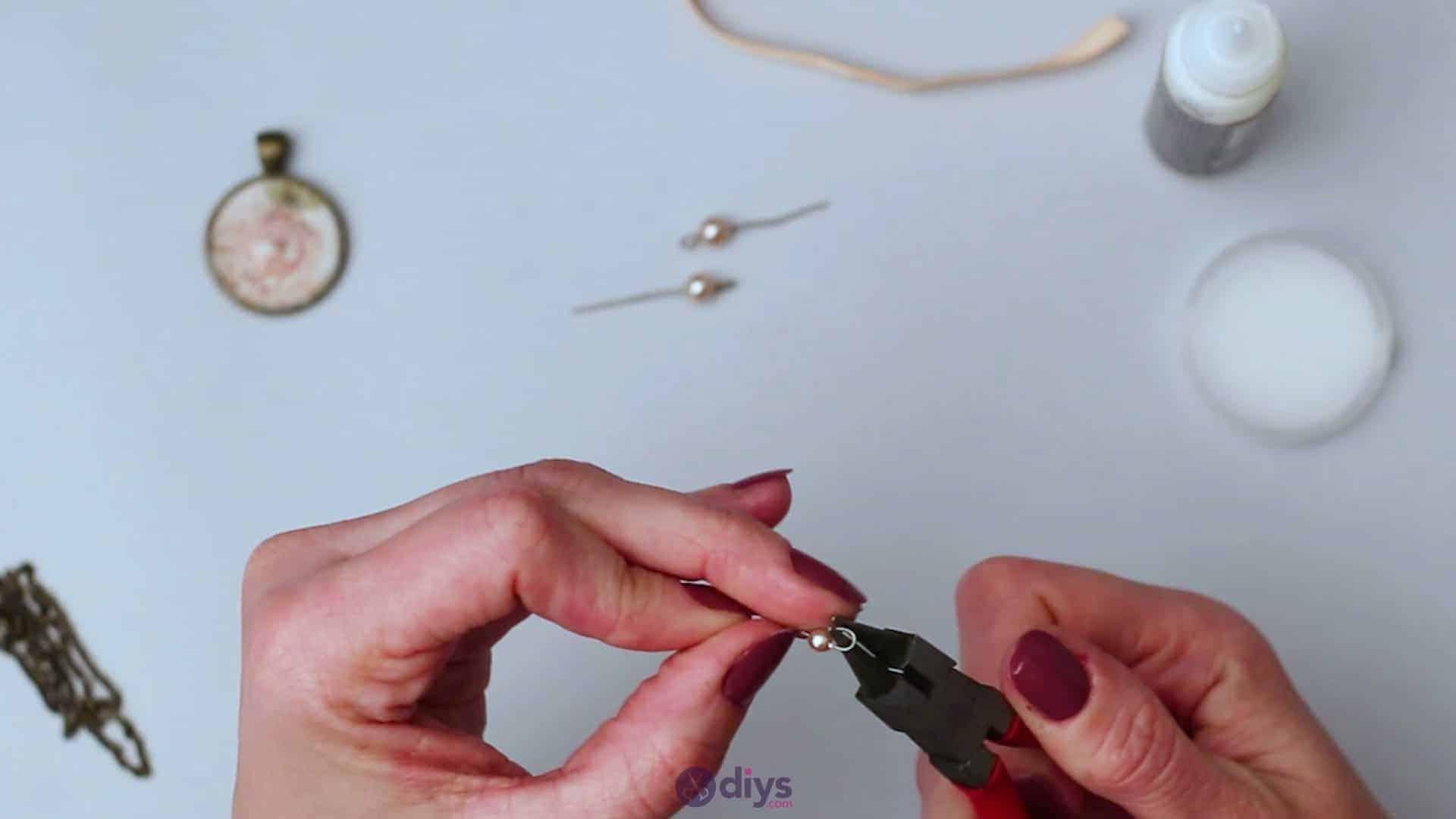 Glass lens necklace step 4e