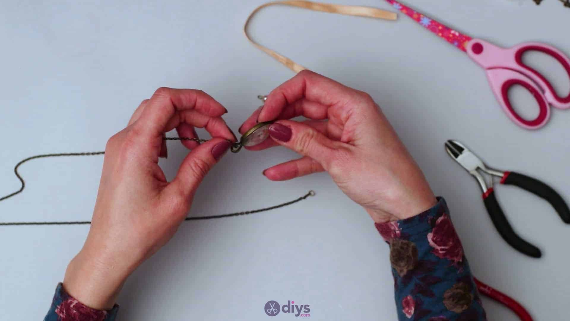 Glass lens necklace step 5c