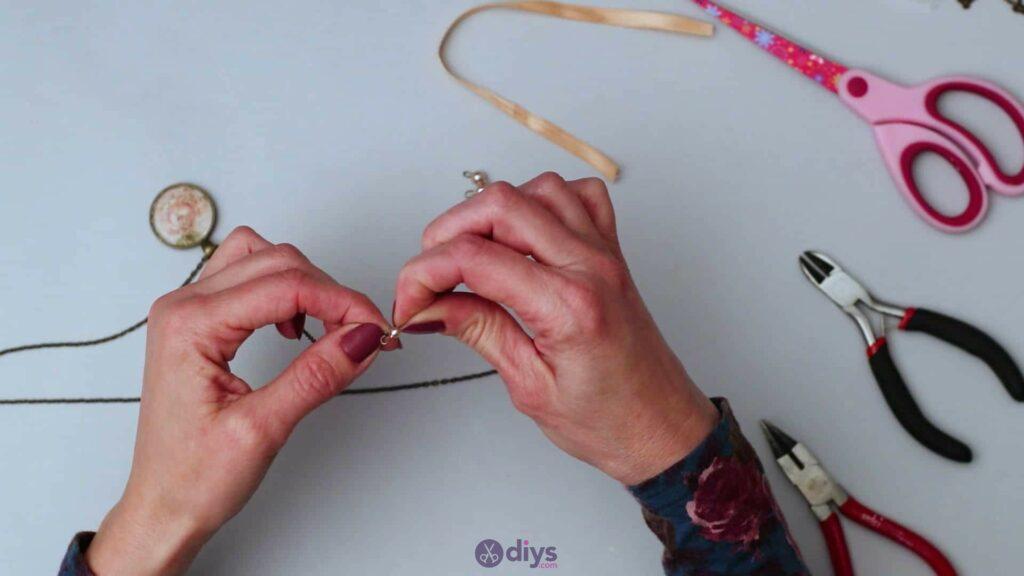 Glass lens necklace step 5d