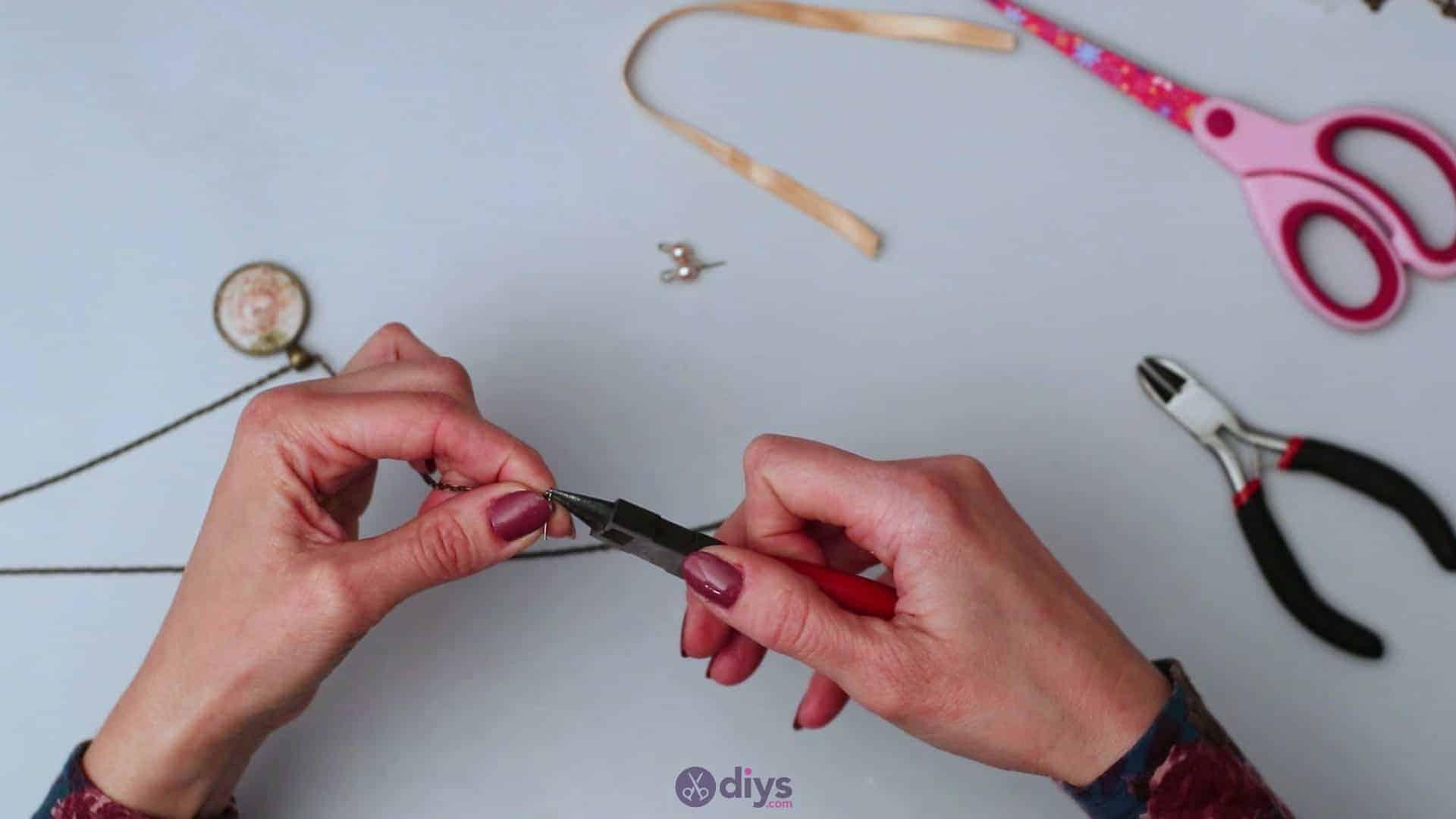 Glass lens necklace step 5e