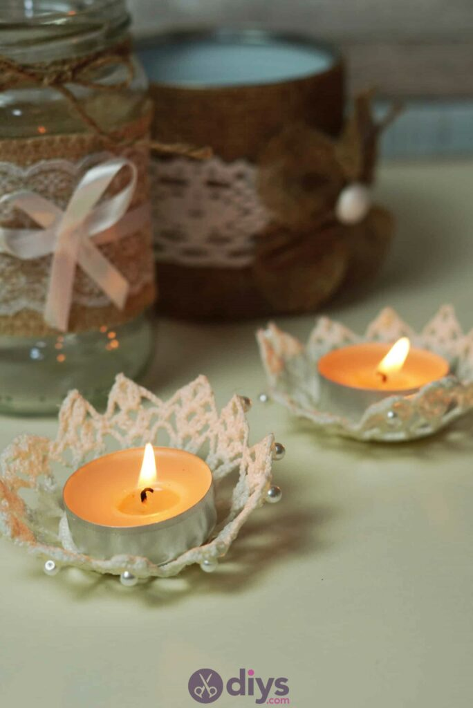 Lace candle holder diy