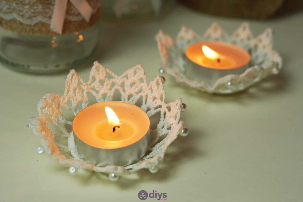 Lace candle holder step 7o