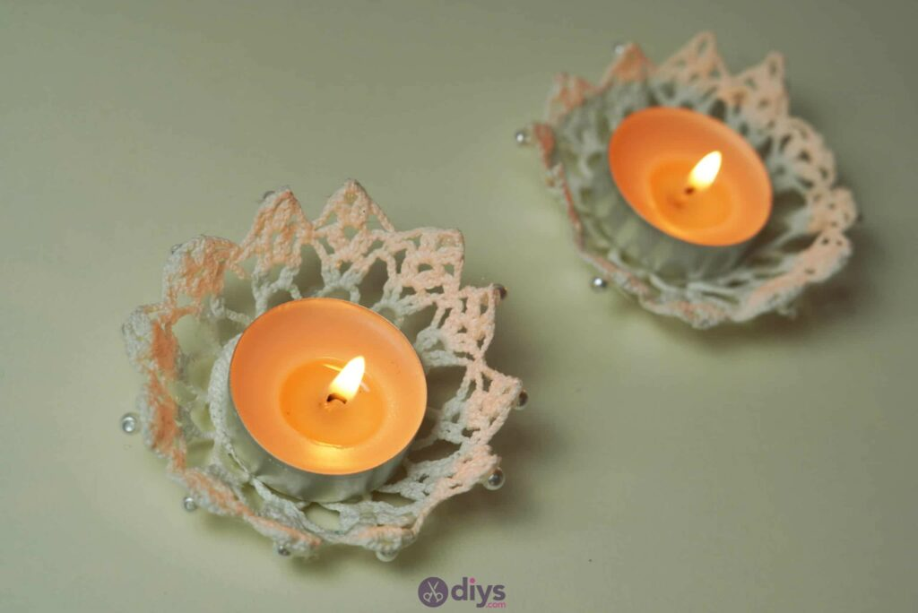 Lace candle holder step 7r