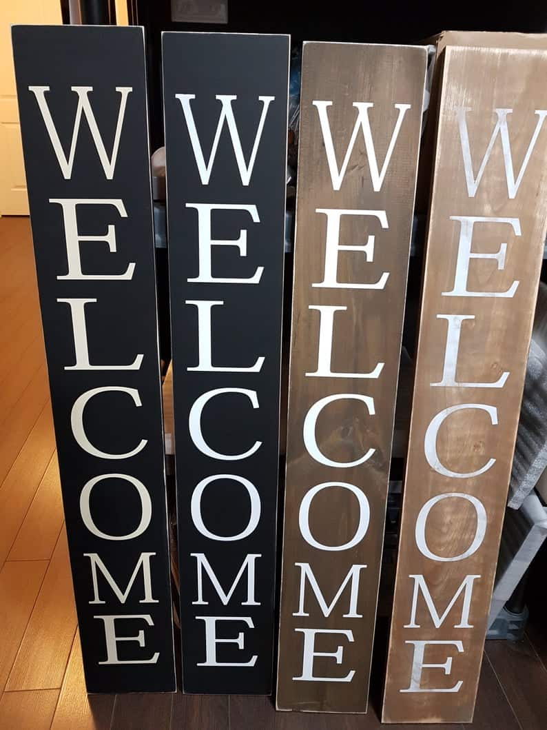 Large vertical welcome sign