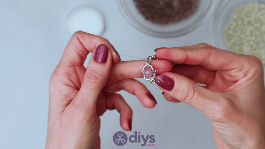 Make your own seed bead ring step 11e