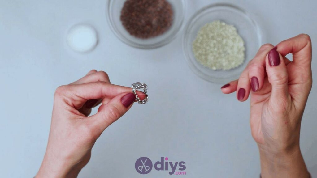 Make your own seed bead ring step 12a