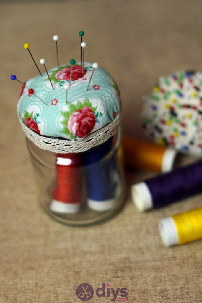 Mason jar pin cushion pins