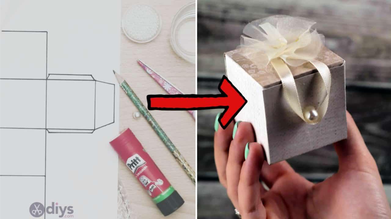 Mini wedding gift box