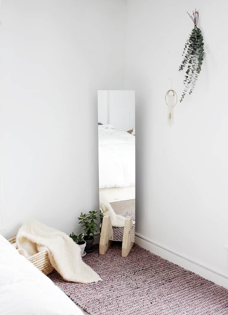 Minimal wooden stand floor mirror