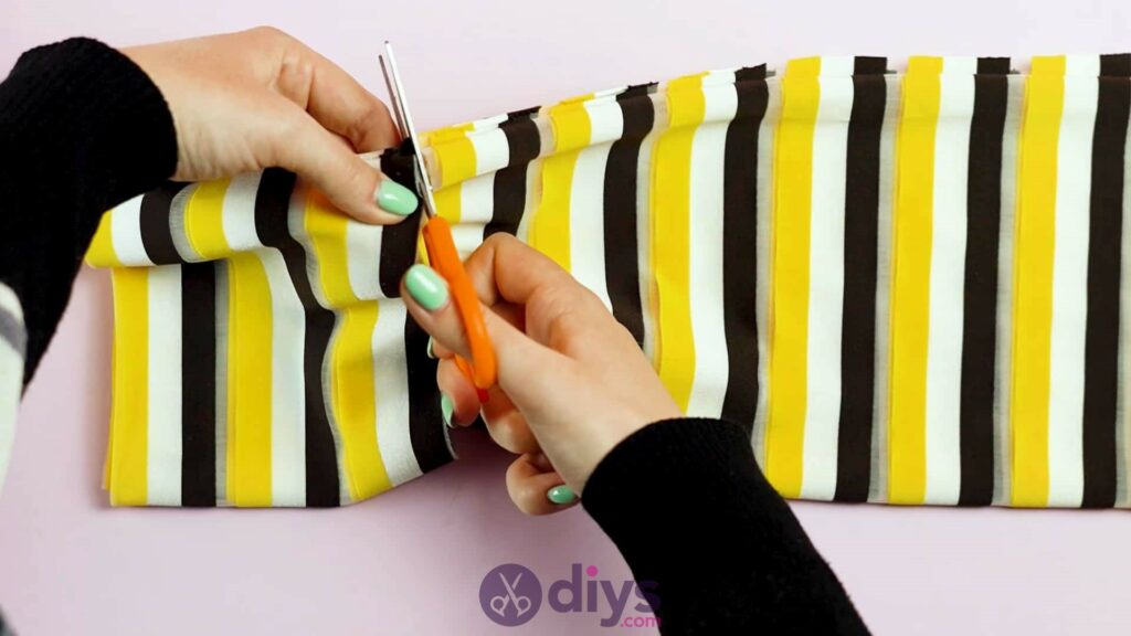 No sew head wrap step 3a