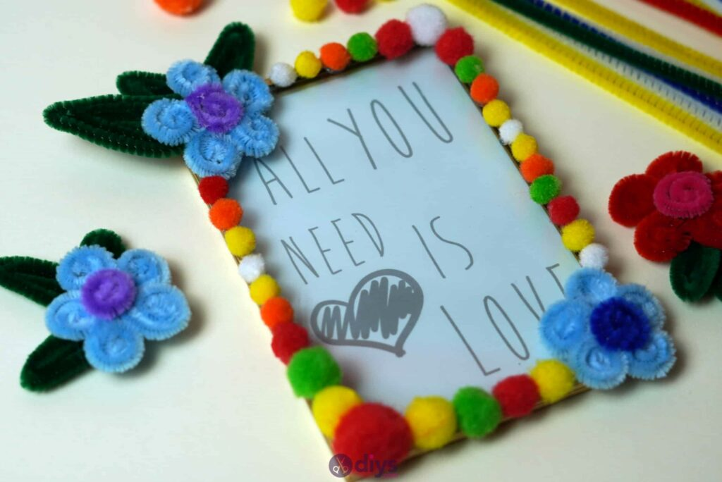 Pipe cleaner photo frame decoration colorful