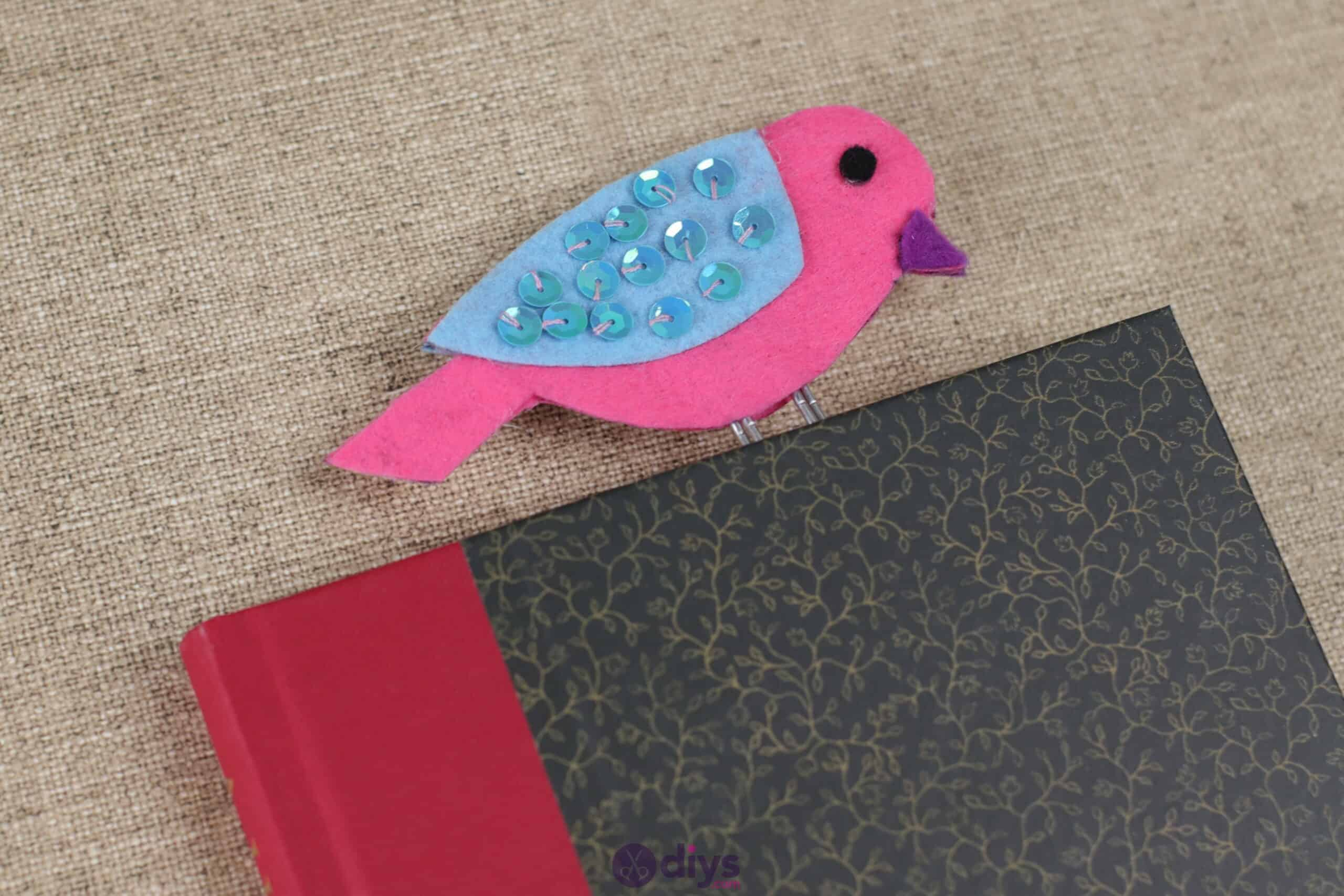 Sequinned felt bird bookmark step 7h