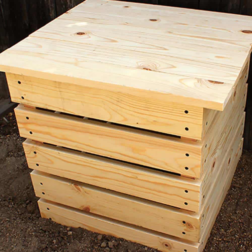 Super simple compost bin with top board