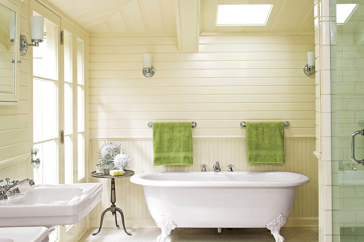 Tips for updating a bathroom but with a vintage feel