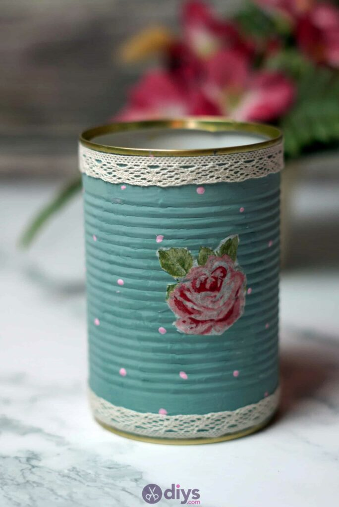 Vintage rose tin can project
