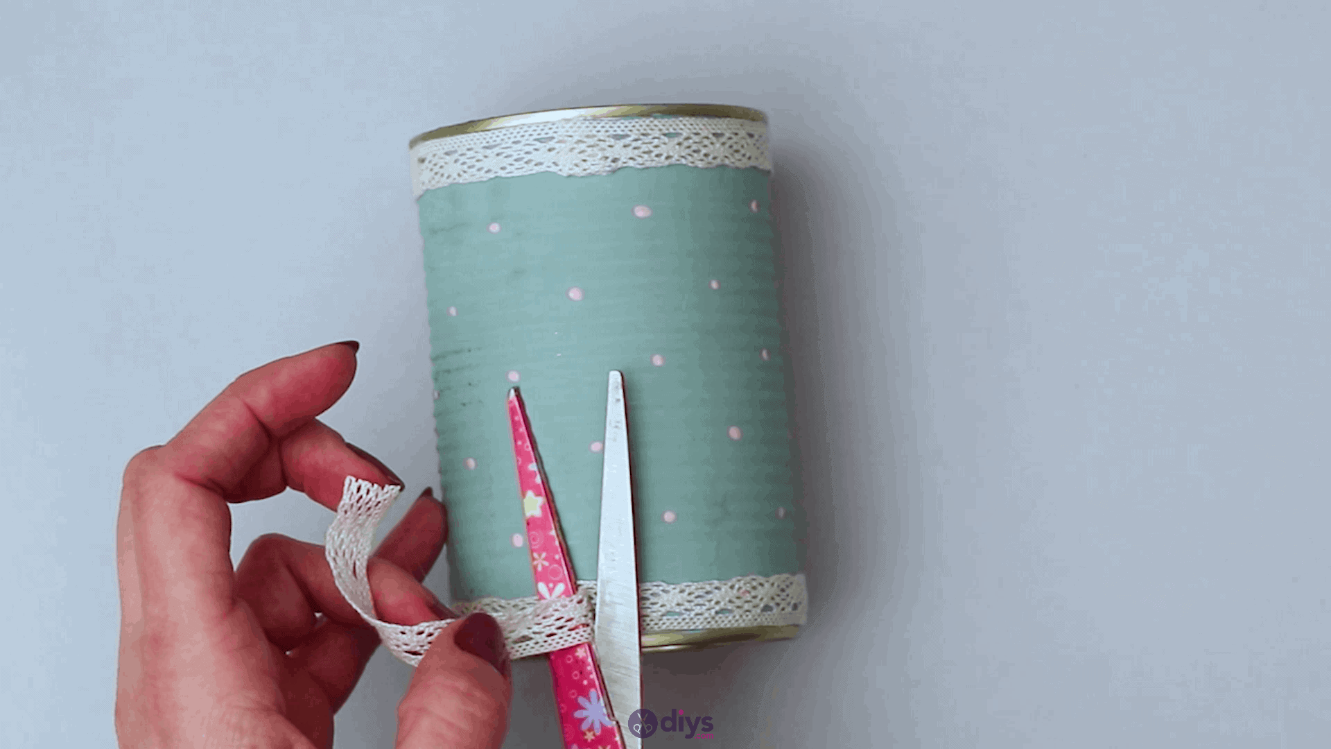 Vintage rose tin can step 7f
