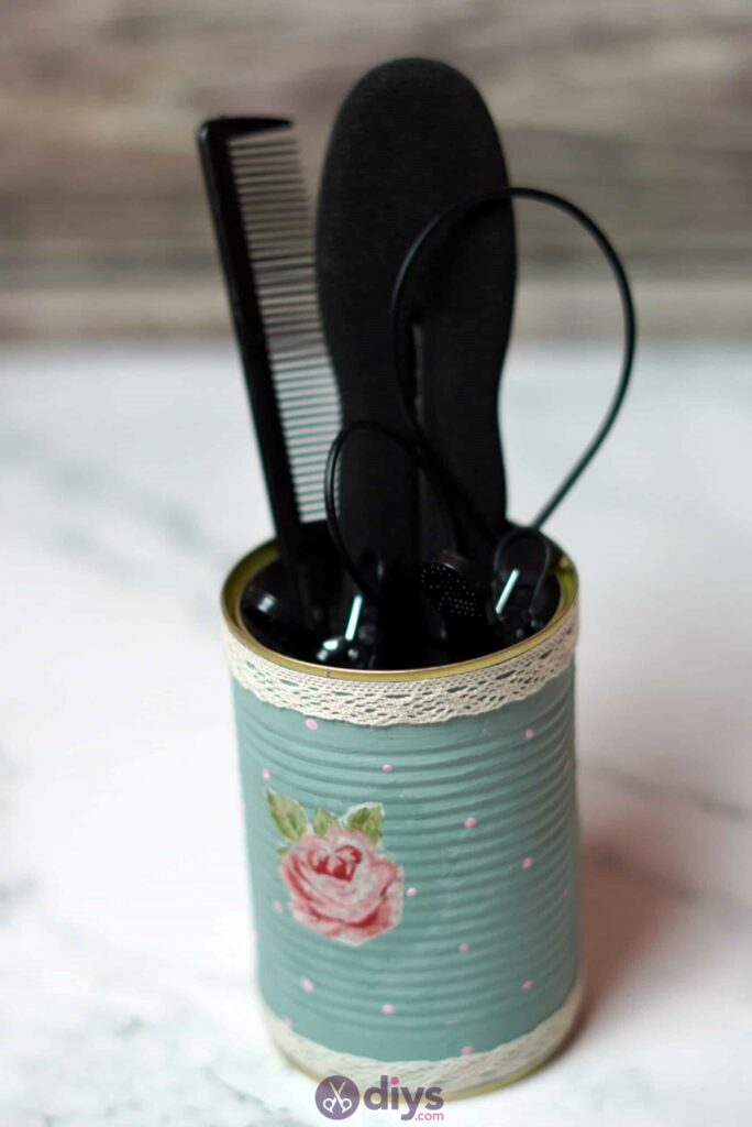 Vintage rose tin can step 7h