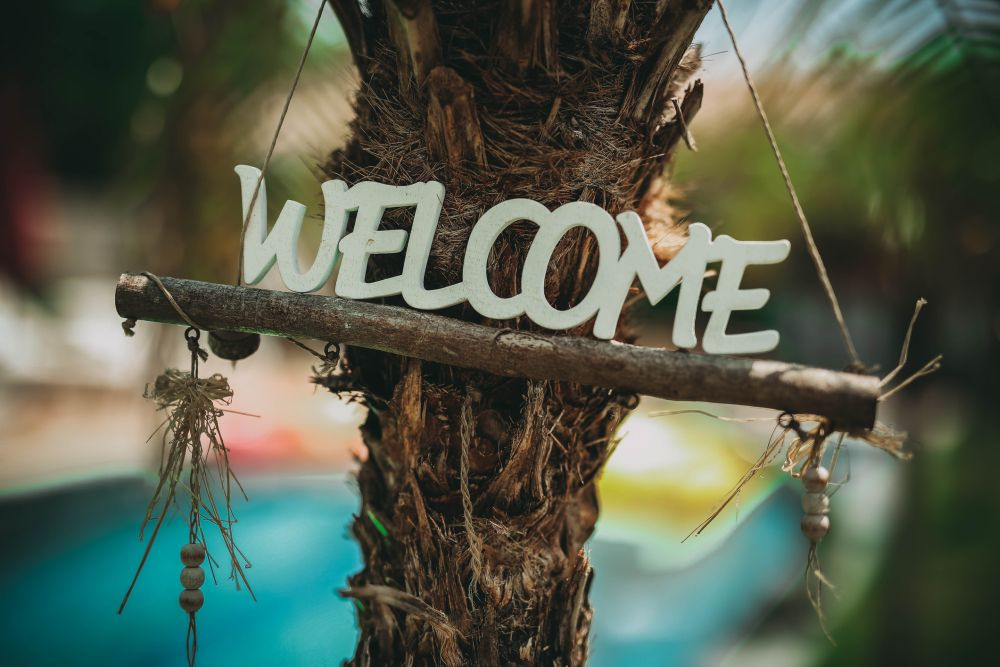 Welcome sign lettering
