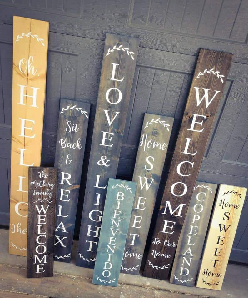 Wooden rustic welcome sign