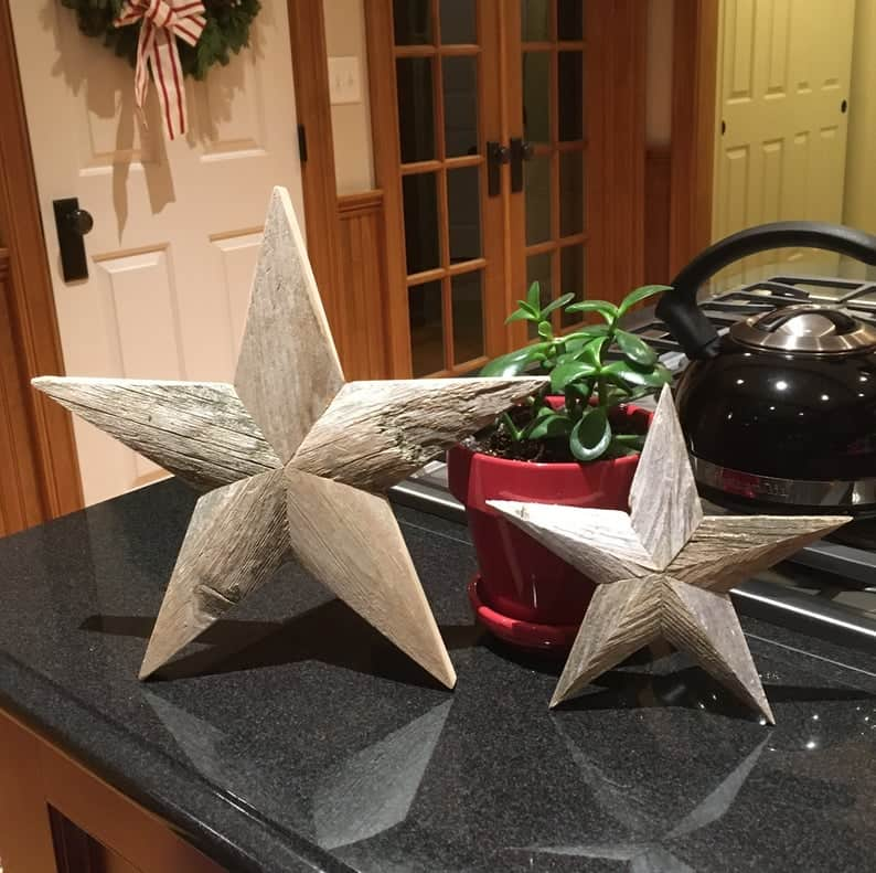 Reclaimed wooden stars