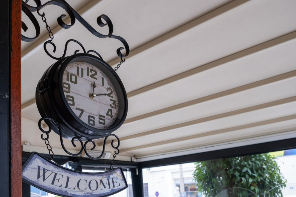 Welcome sign clock