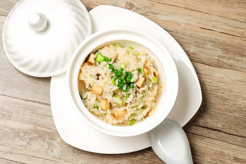 Beginner's sizzling rice soup made with campbell's soup