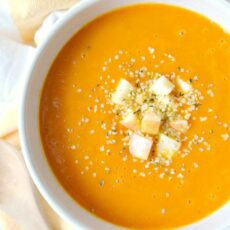 Cleansing carrot autumn squash soup