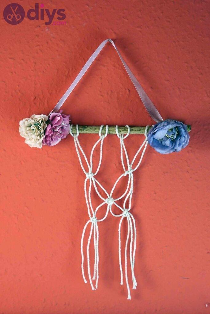 Diy floral wall hanging 684x1024