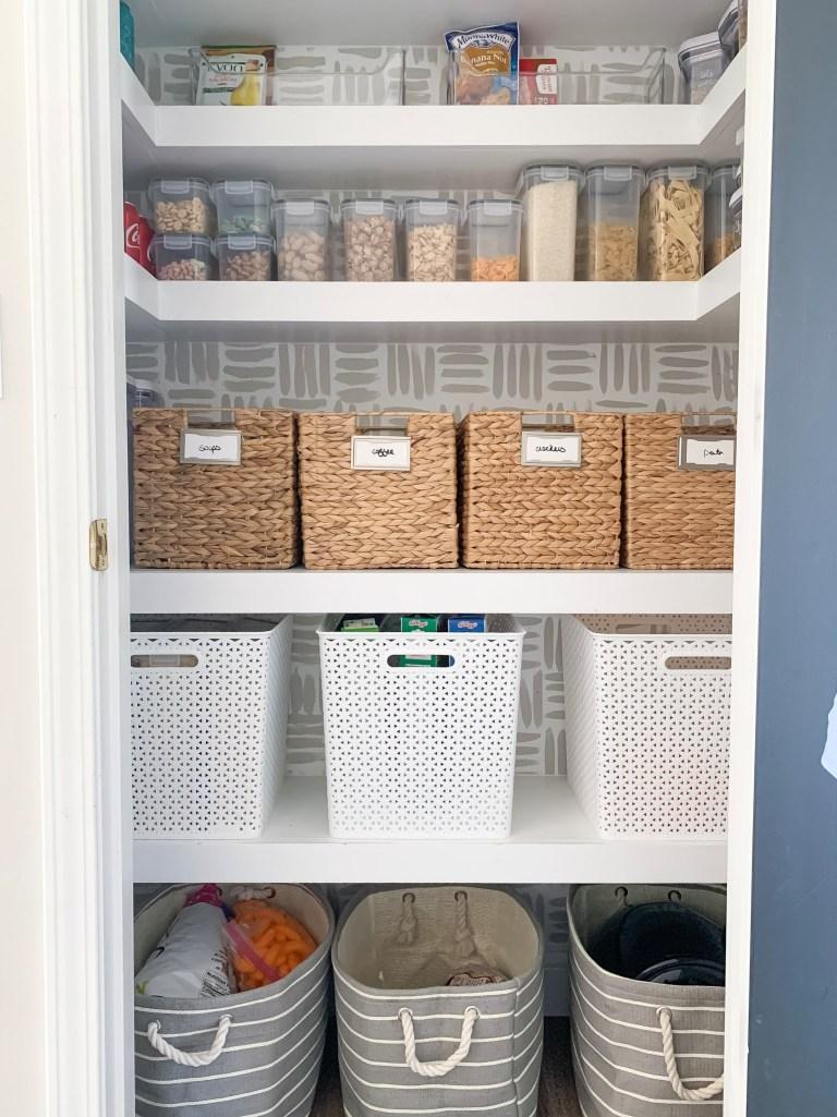 Floating corner pantry