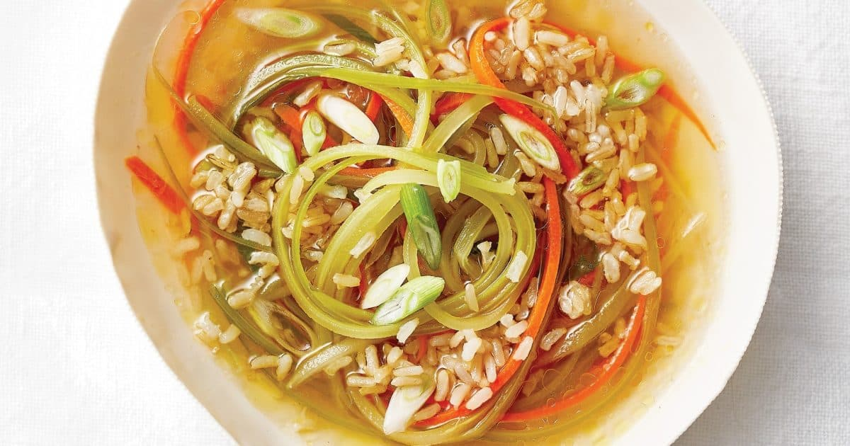 Sizzling rice soup made with brown rice and julienne cut vegetables