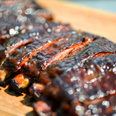 Smoky and spicy apricot glazed bbq ribs