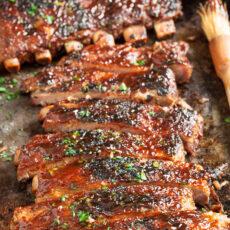 Spicy bbq sriracha ribs
