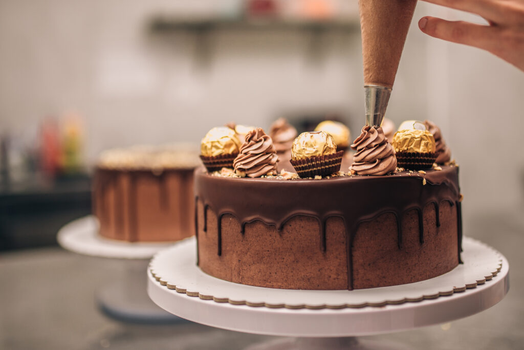 Cake Decorating Tools Just In Time For the Holidays