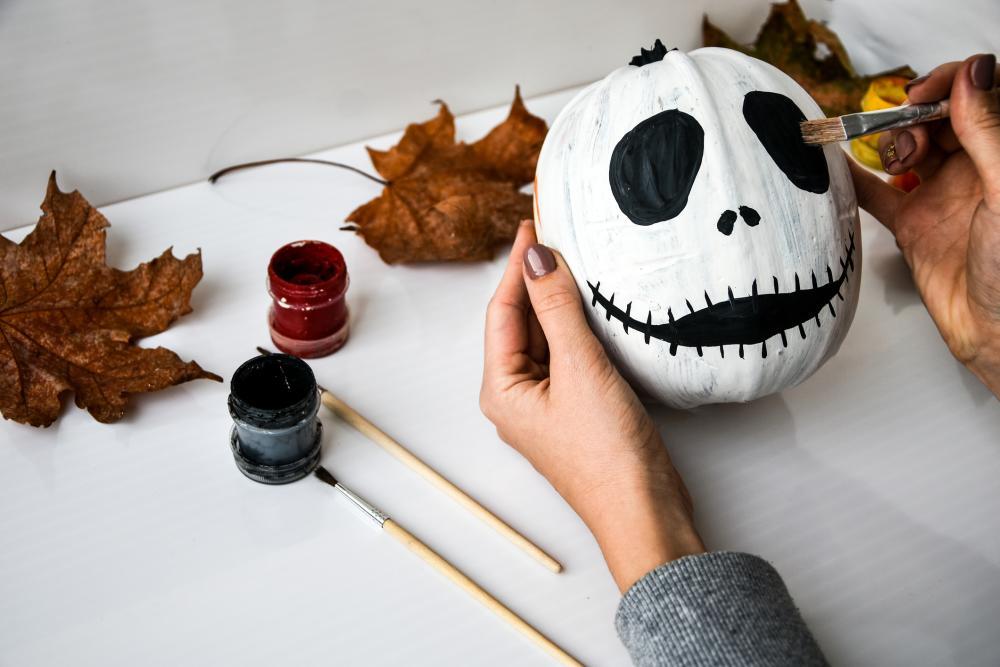 Easy pumpkin painting ideas jack skellington