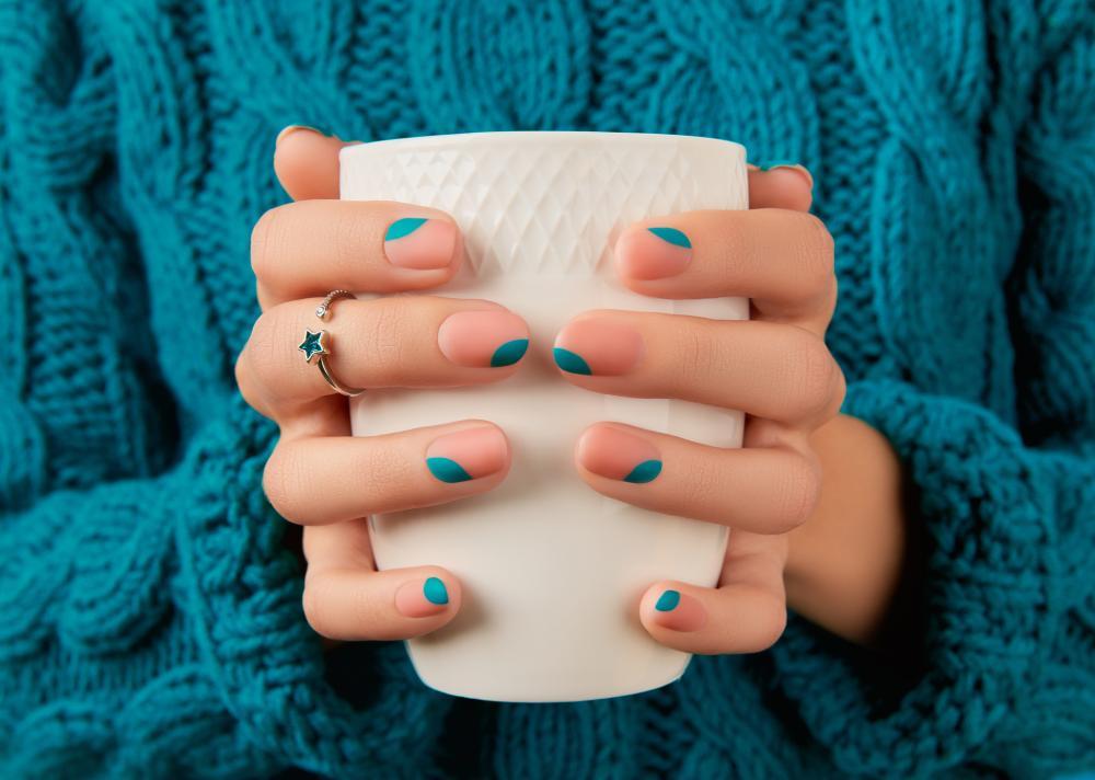Fall nail polish colors pink and blue