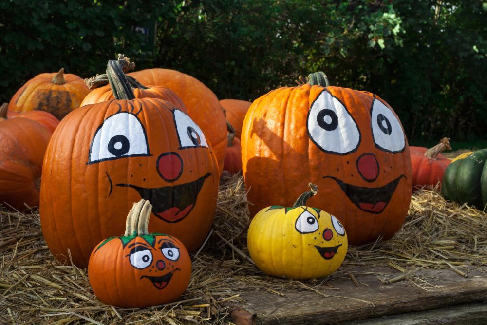 Funny pumpkin painting ideas clowns