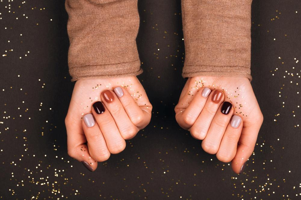 Great fall nail ideas holiday colors