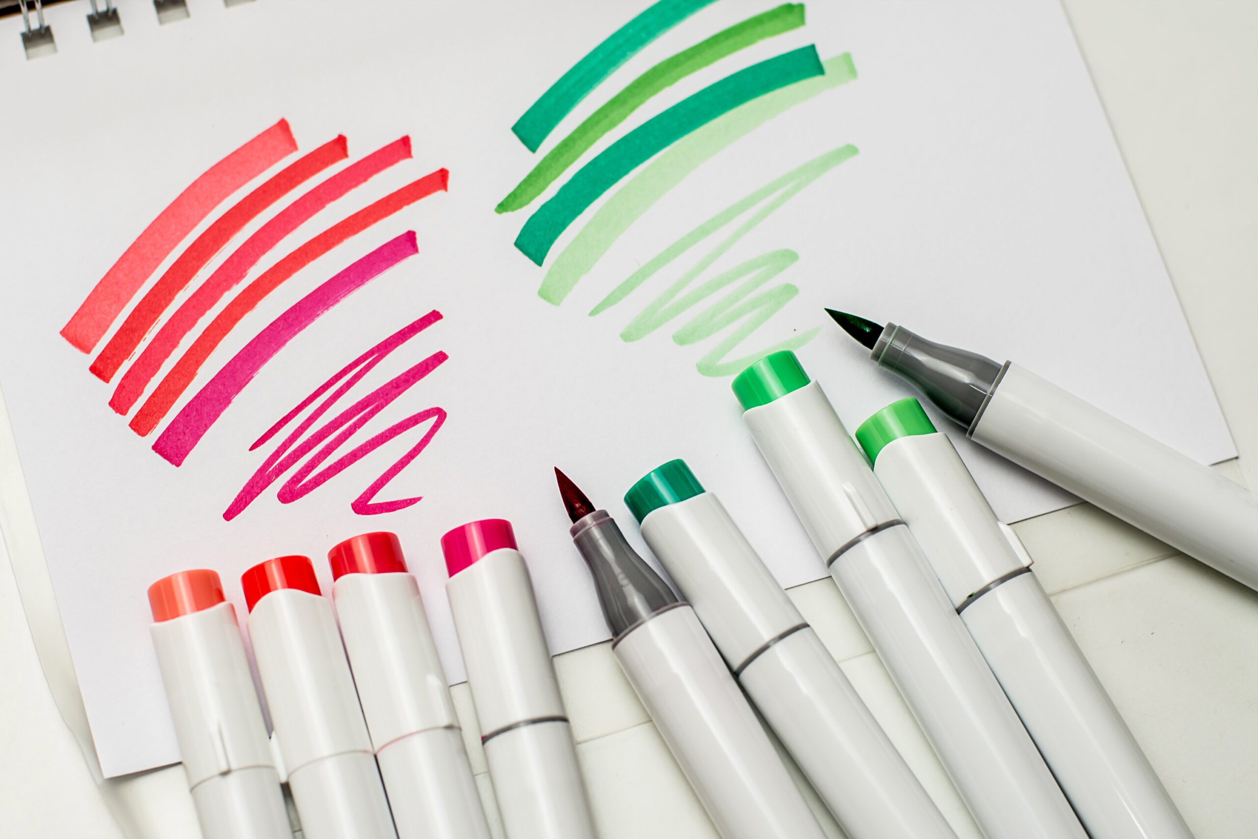 Best Alcohol-Based Markers For Painting and Sketching