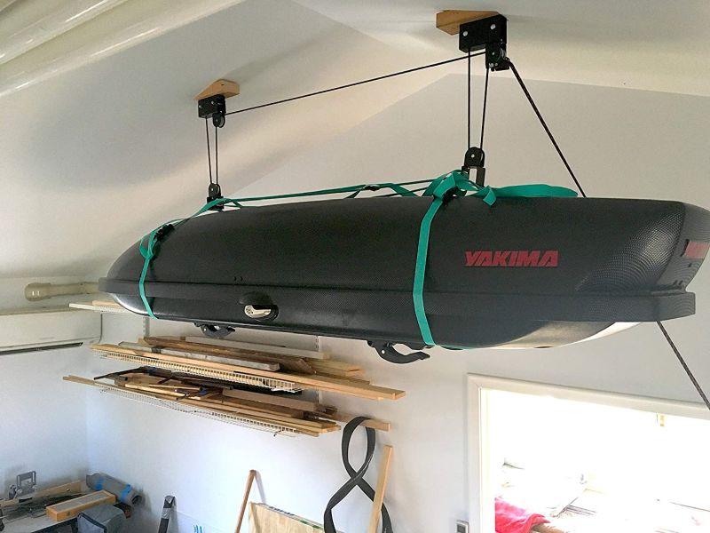 Storag cargo overhead garage