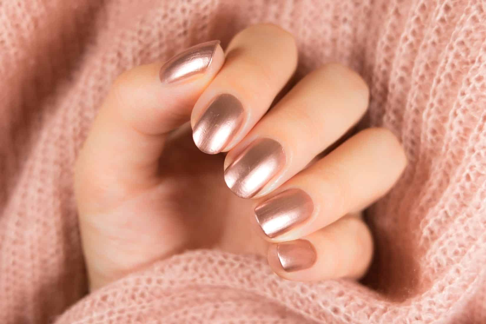 Classic rose gold nails