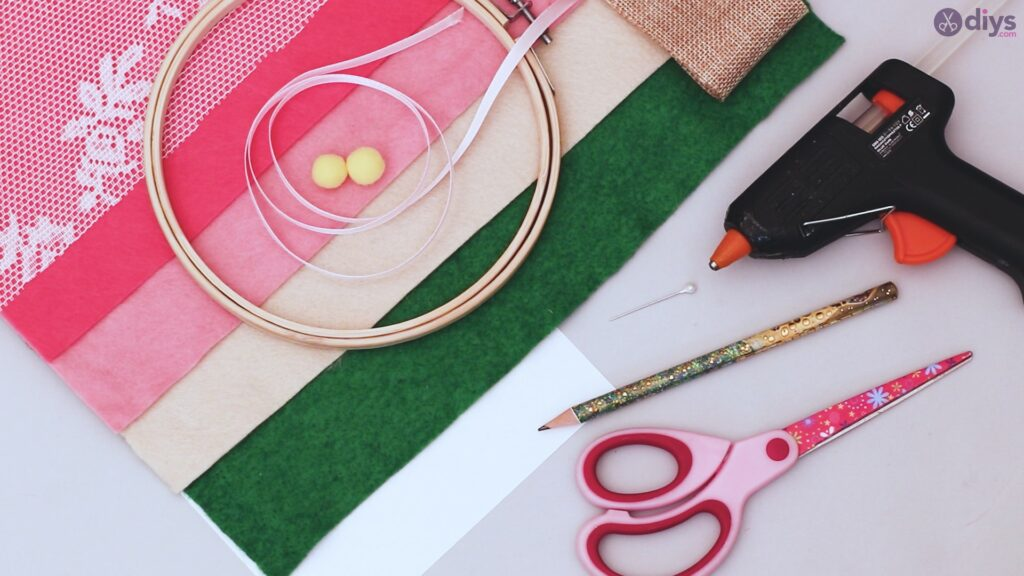 Diy embroidery hoop wall decor tutorial step by step materials
