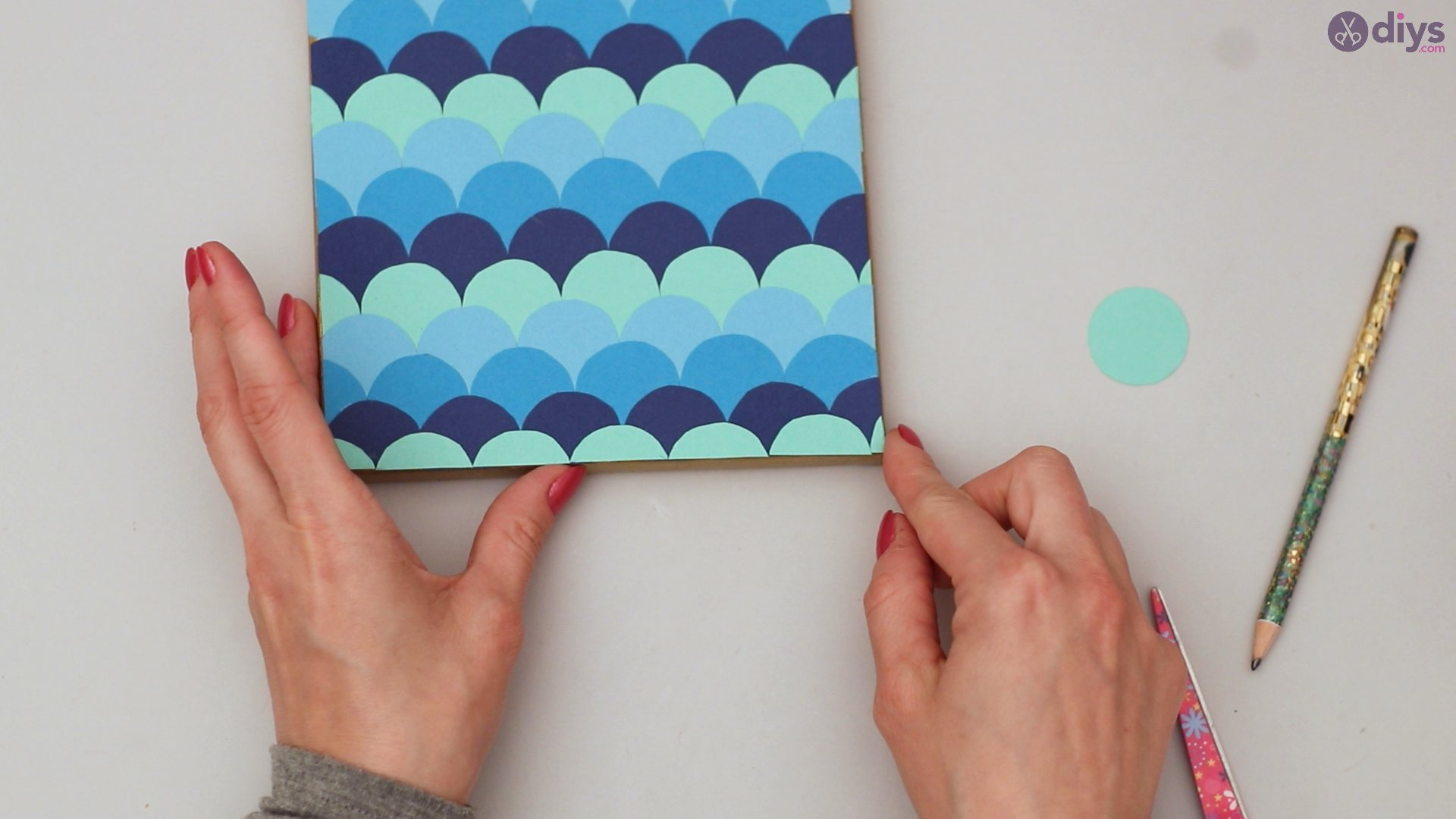 Diy fish scale wall decor (38)