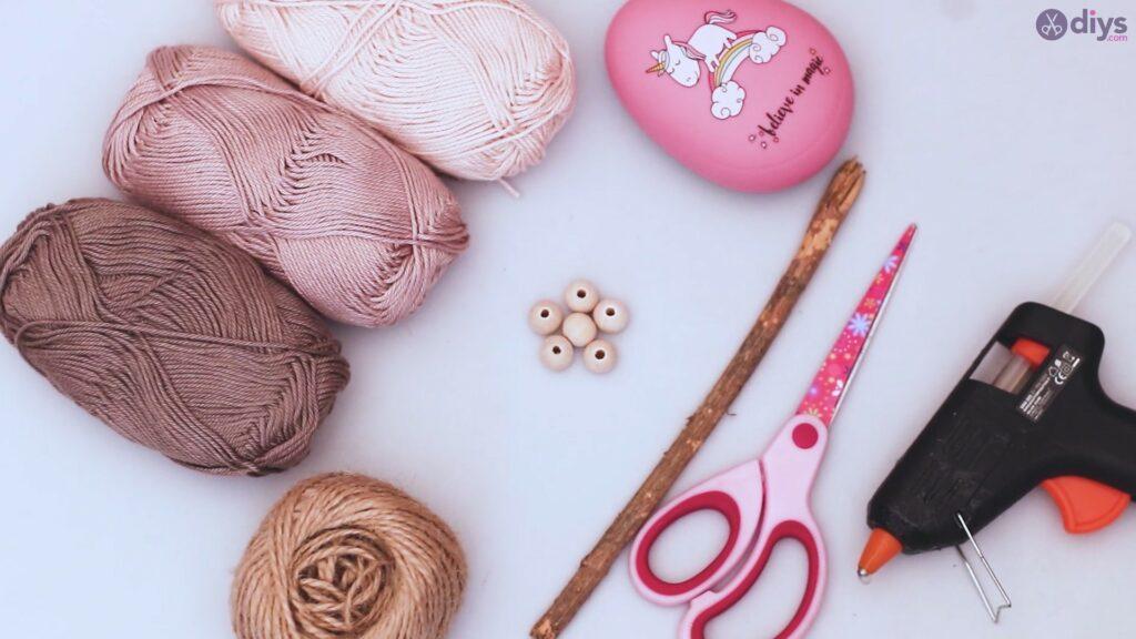 Diy yarn leaf wall decor tutorial materials