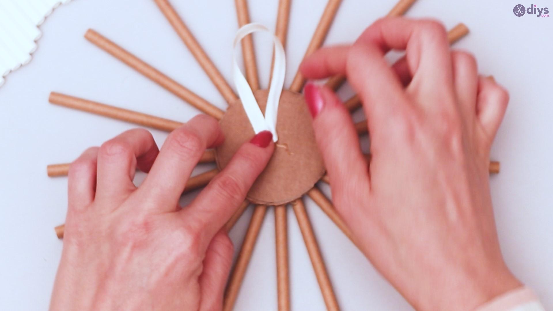 Paper straw wreath diy (20)
