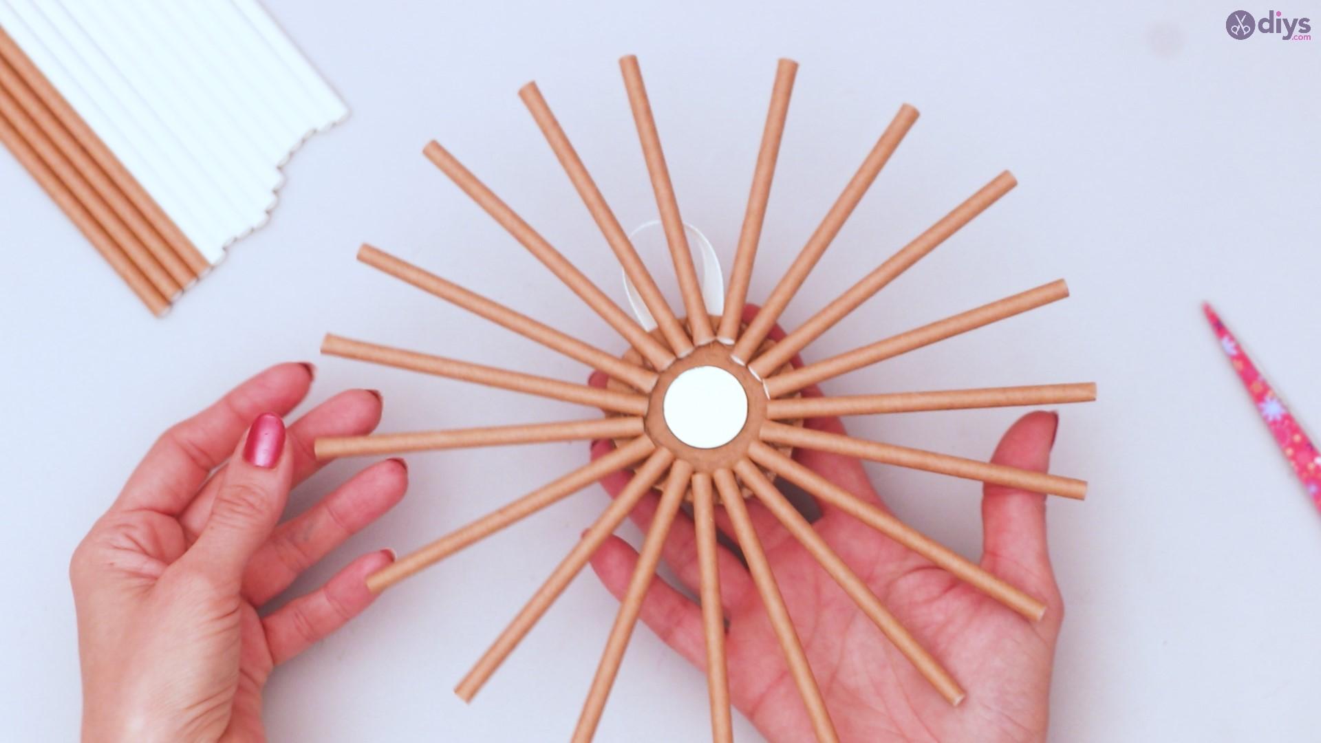Paper straw wreath diy (21)