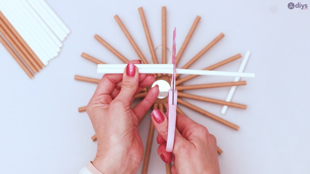 Paper straw wreath diy (26)