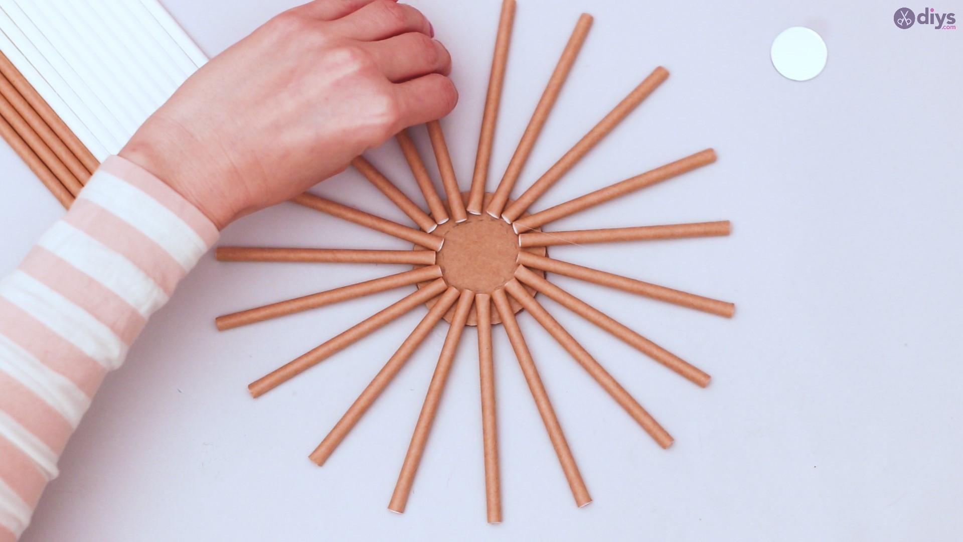 Paper straw wreath diy (7)