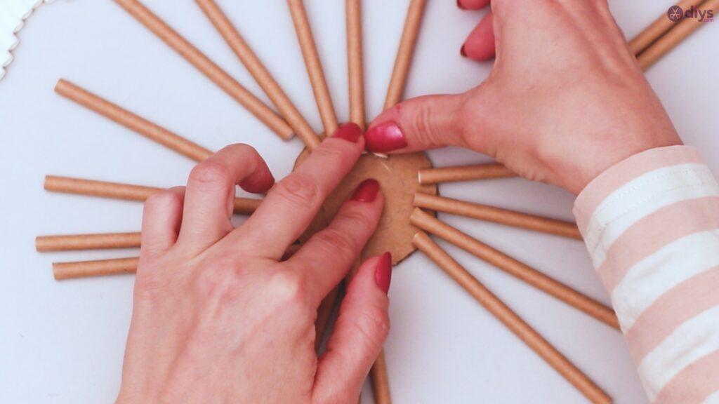 Paper straw wreath diy (9)