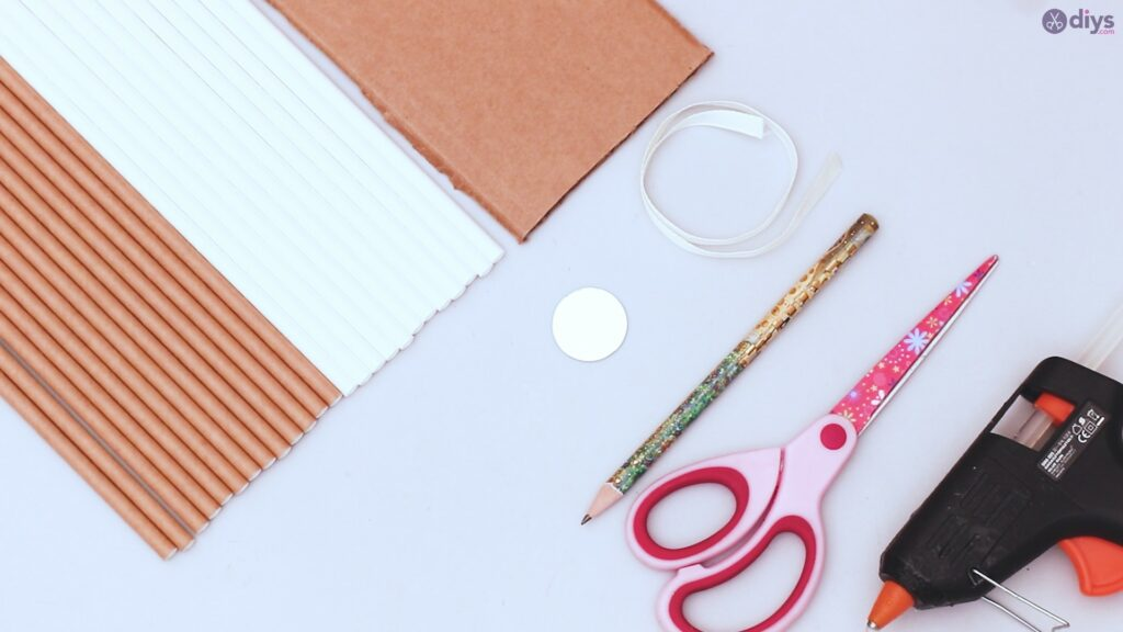 Paper straw wreath diy materials
